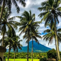 "Communing with Nature in the ""Tourist Spots Filled"" Province of Albay"